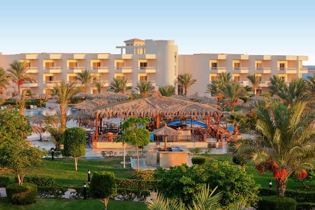 ПЕРЛИТЕ НА ЕГИПЕТ, Hughada Long Beach Resort 4* STANDARD – Хургада + Тур на Кайро